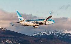 Aerolíneas Argentinas: retoma la ruta Mendoza y Chile